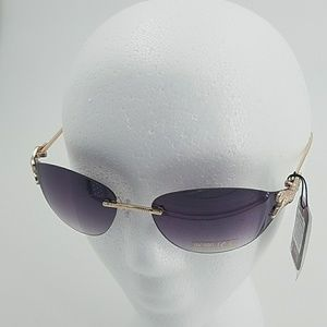 Accessories - NWT Sophisticated Sunglasses